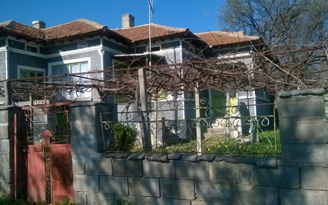 Масивна къща в с.Полковник Иваново община Добричка.