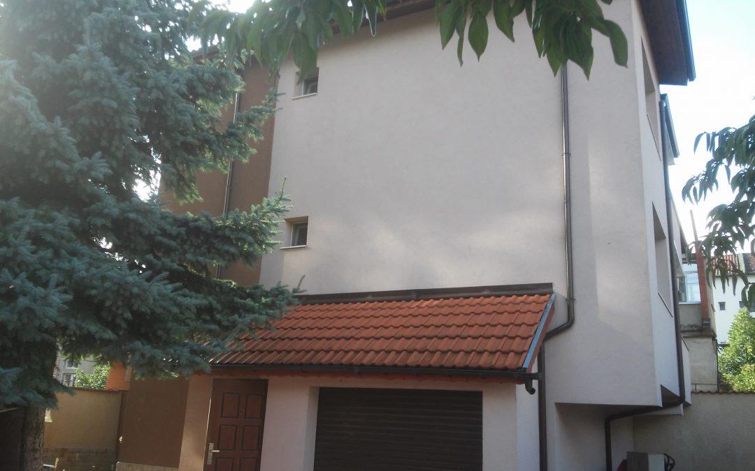 Къща ново строителство широк център гр.Добрич.